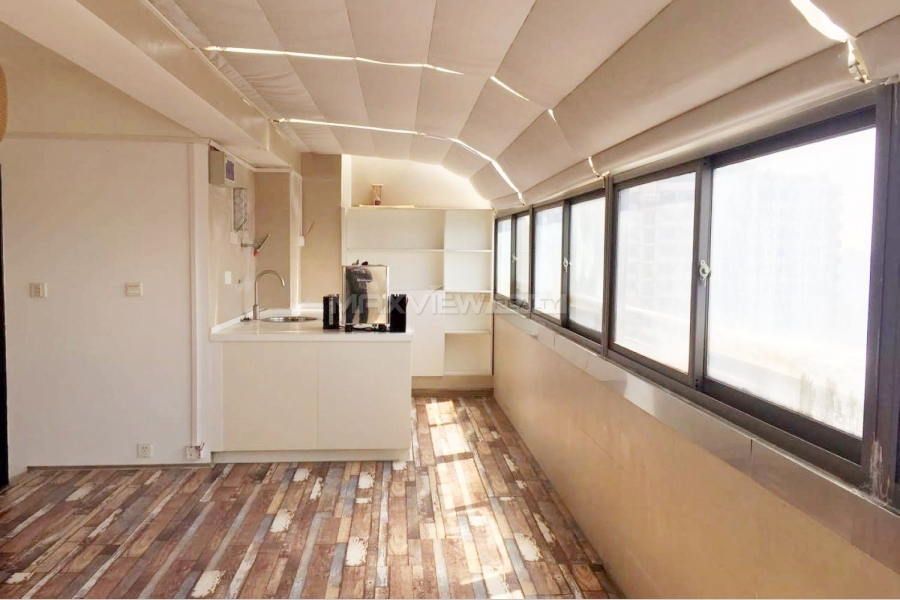 Rent a roof house in Shanghai on Yanan W. Road 4bedroom 240sqm ¥25,000 SH017468