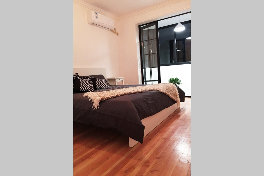 Old Apartment rent on Hengshan Road in Shanghai 2bedroom 110sqm ¥16,800 SH017535