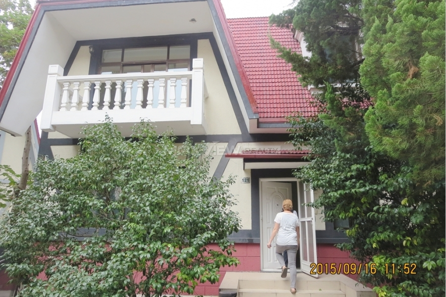 Green Valley Villa 4bedroom 180sqm ¥45,000 SH015847