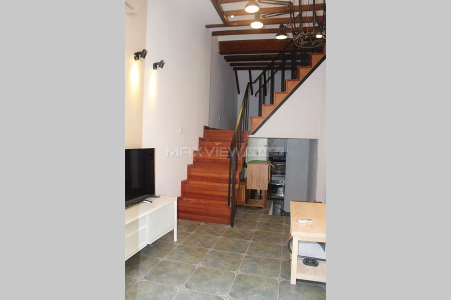 Shanghai old lanhouse rent on Huaihai Middle Rd 3bedroom 170sqm ¥26,800 SHR0098