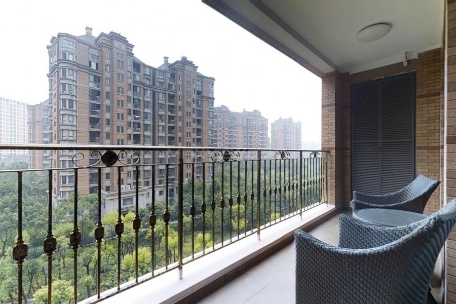Lanson Place Jinqiao