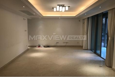 Apartment in Shanghai Seasons Villa