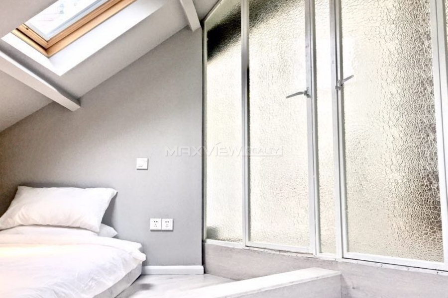 Old Apartment on Huaihai Middle Rd3bedroom130sqm¥24,000SH017949