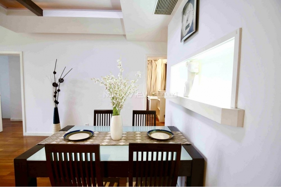 East Huaihai Apartment 3bedroom 110sqm ¥17,000 PRY00169