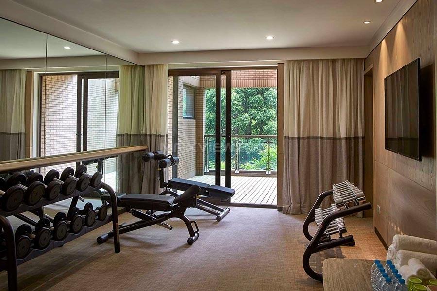 Parkside Serviced Suites 逸兰永业服务式公寓