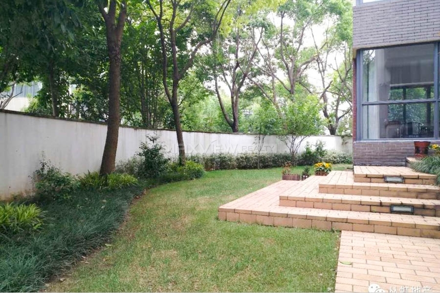 Westwood Green Villa