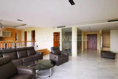 Lakeside Ville Apartment 4br 335sqm in Huqingping Minhang