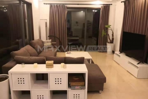 Lakeside Ville 3br 220sqm in Huqingping Minhang