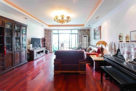 Dongfang Laiyin 3br 192sqm in Downtown