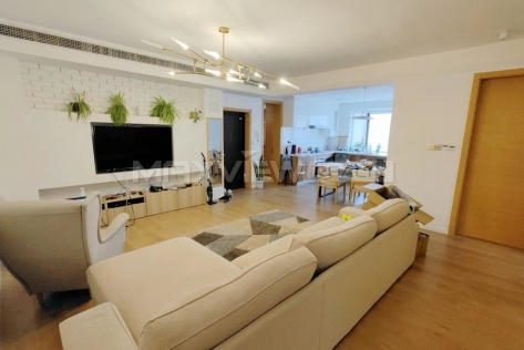 Wu Tai Apartment 3br 160sqm in Downtown
