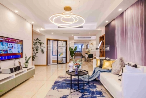 Pujiang Apartment 3br 188sqm in Downtown